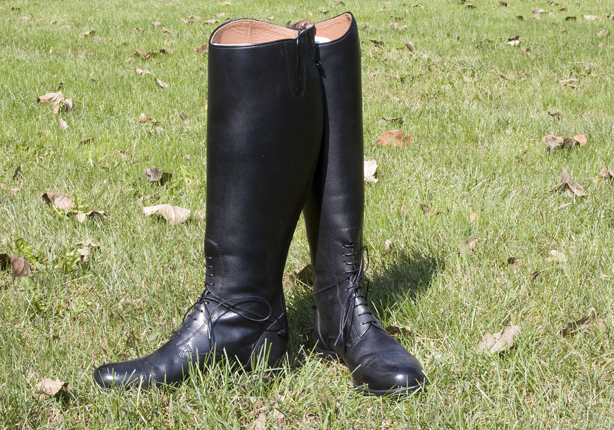 Riding boots black cheap dress