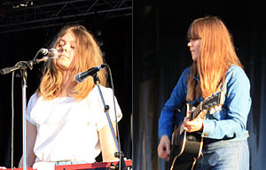 First Aid Kit (band) - Johanna (left) and Klara Söderberg in Wiesbaden in 2009