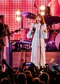 Florence and the Machine 12 09 2018 -32 (32834280768).jpg