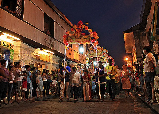 Festivals and traditions marking the yearly cycle of the seasons 640px-Flores_de_Mayo_Ilocos