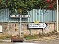 Fontaine-la-Gaillarde-FR-89-panneaux routiers-a2.jpg