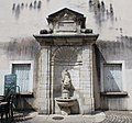 Fontaine Dauphins Lons Saunier 10.jpg