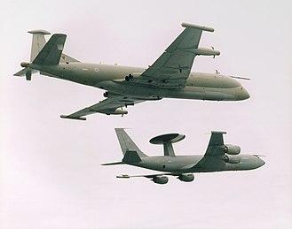 Hawker Siddeley Nimrod R1 - Nimrod R1 alongside a Sentry AEW1 - in 1995, the Nimrods were transferred to RAF Waddington alongside the RAF's Sentry fleet