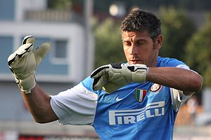 Francesco Toldo - Toldo practicing with Internazionale