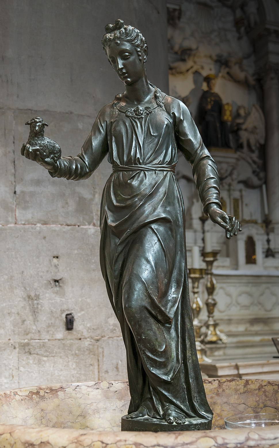 Frari (Venice) nave right - Statue of Saint Agnes by Girolamo Campagna
