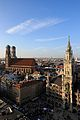 Frauenkirche and Neues Rathaus Munich March 2013 -2.JPG