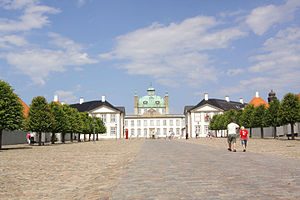 Fredensborg - The plaza in front of Fredensborg Palace