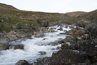 Effects of global warming on human health - Freshet in Pangnirtung, Nunavut -f