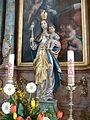 Fronhofen Pfarrkirche Seitenaltar links Madonna.jpg