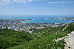 Gelendzhik town and the Gelendzhik Bay of the Black Sea view.jpg