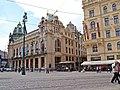 Gemeinde- oder Repräsentationshaus - Konzerthalle (Obecní dům) mit französisches Restaurant Francouzská Restaurace, Praha, Prague, Prag - panoramio (2).jpg