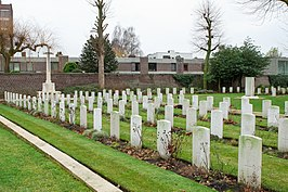 Britse graven en Cross of Sacrifice