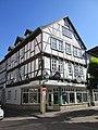 Giebelständiger Fachwerkbau aus dem 17. Jh. - Eschwege Marktstraße 44 - panoramio.jpg