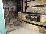 Gladstone firing bottle oven 3835.JPG