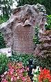 Grave of Hanna Reitsch (Salzburger Kommunalfriedhof) 07.jpg