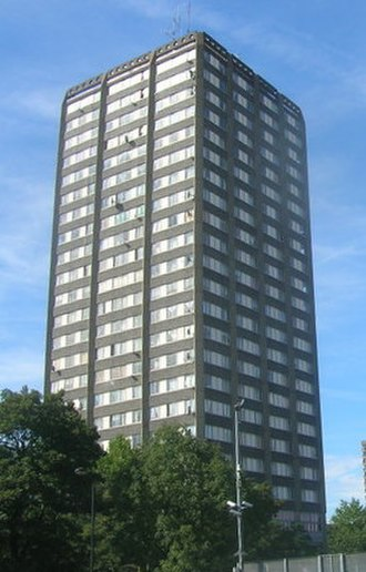Grenfell Tower fire - Grenfell Tower in 2009, before the renovation and the installation of the cladding