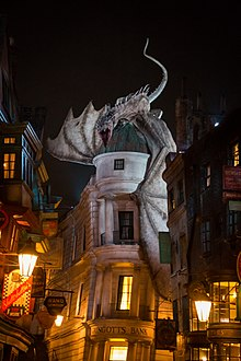 Gringotts Dragon (43334673921).jpg