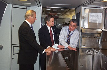 Gunn with Biden and Carper.jpg