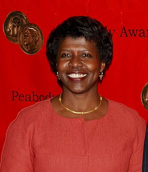 Gwen Ifill - Ifill at the 2009 Peabody Awards ceremony