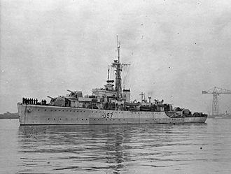 HMS Black Swan (L57) - Image: HMS Black Swan 1945 IWM FL 2274