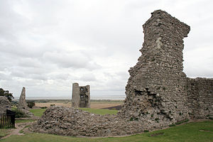 Hadleigh Farm - The remains of Hadleigh Castle, overlooking Hadleigh Farm