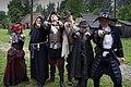 Hardkon 888 - uczestnicy imprezy w strojach inspirowanych XVII wiekiem.jpg