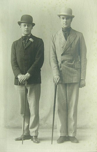 Harold Acton - Robert Byron with Harold Acton at Oxford around 1922
