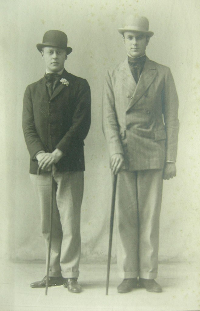 Robert Byron with Harold Acton at Oxford around 1922