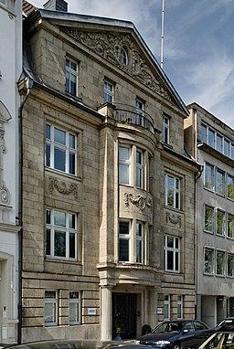 Haus Wasserstrasse 8 in Duesseldorf-Unterbilk, von Suedosten