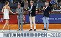 Higueras entrega el premio Mutua Madrid Open a Kvitova, la primera tenista tricampeona del torneo 05.jpg