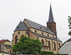 Hilbringen St. Petrus in Ketten 07.JPG