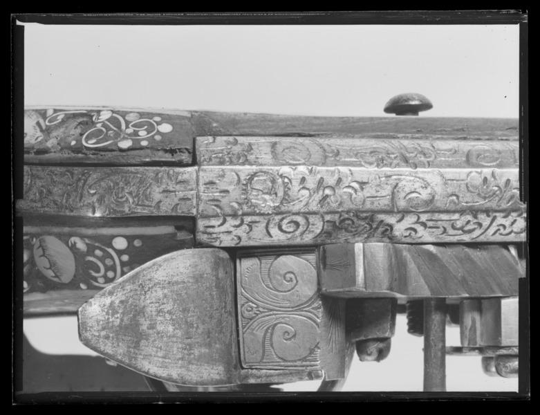File:Hjullåslodbössa, Teschen, ca 1600-1640, pipan möjligen av Gerorg Kurland - Livrustkammaren - 79769.tif