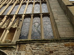 Church of the Holy Trinity, Stratford-upon-Avon - Holy Trinity's east window from the exterior, depicting St Andrew