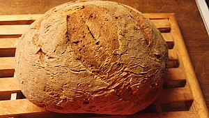 Gluten-free diet - Gluten-free bread made of a mixture of flours like buckwheat flour, tapioca flour, millet flour and psyllium seed husks. Special flour mixes can be bought for bread-making purposes.