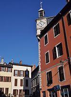 Horloge Place Saint-Léger et son ombre (Chambéry).JPG