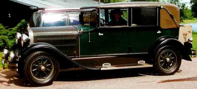 Hudson Model R 4-D Landau Sedan 1929