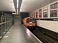 In Glasgow Subway Hillhead Station 03.jpg