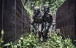 Infanteriesoldaten trainieren (27340559901).jpg