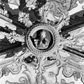 Interieur, gewelfschotel in hoogkoor, met beschilderd houtsnijwerk - Dordrecht - 20401033 - RCE.jpg