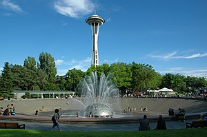 International Fountain with Space Needle.jpg