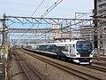 JRE E257-2000 Odoriko Service Tsurumi Station 2020-03-17.jpg
