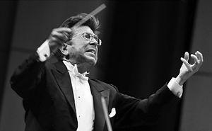 James Allen Gähres - James Allen Gähres conducting a philharmonic concert (2011)