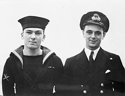 James magennis vc and ian fraser vc wwii iwm 26940a