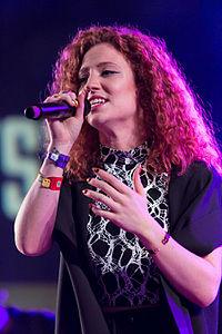 Jess Glynne (17579099972).jpg