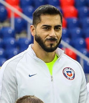 Johnny Herrera (footballer) - Herrera with the Chilean national team in 2017