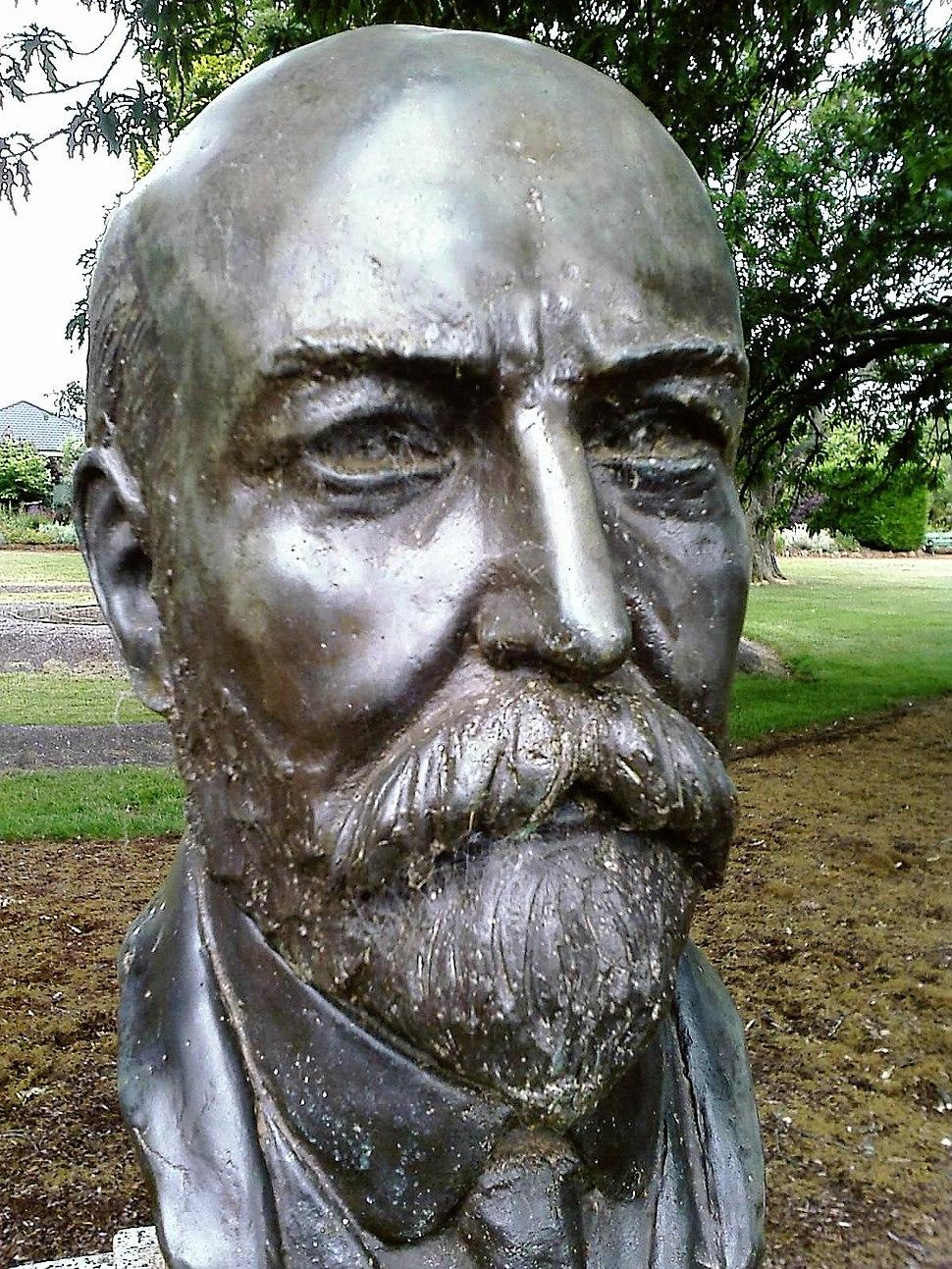 Joseph Cook bust