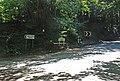 Junction to Hart Hill Farm - geograph.org.uk - 487620.jpg
