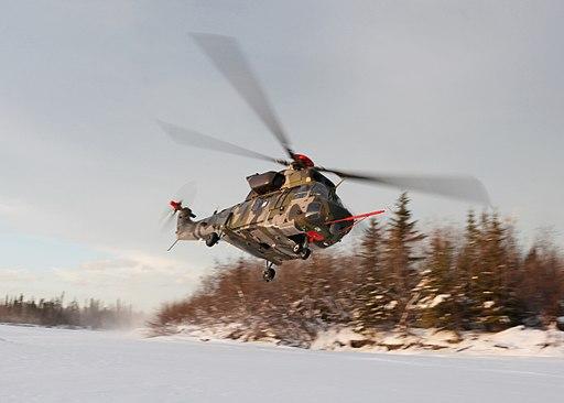 KUH-1 Surion في ألاسكا (12201684294)