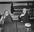 Kardinaal Alfrink ontvangt Dalai Lama, Bestanddeelnr 926-7357.jpg