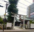 Kashiwashrine-torii-july29-2015.jpg
